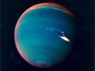 "Neptune's <a href=""/neptune/lower_atmosphere.html"">atmosphere</a> shows
